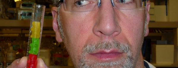Soigner le mal de dos avec un matelas neuf : pub ou réalité ?