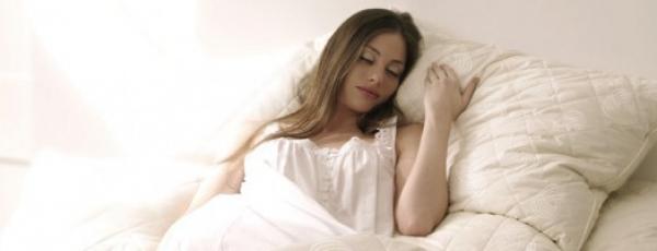 Oreiller et position de sommeil: comment les accorder ?