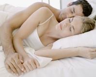 Quel surmatelas choisir pour bien dormir a 2 en lit jumeaux?
